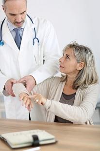 Симптомы и диагностика заболеваний суставов